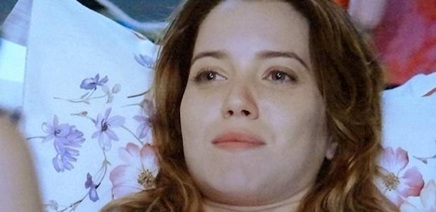 """Em """"Alto Astral"""", Laura confessa a Itália que Caíque mexe com ela"""