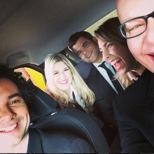 Após Marcelo Adnet assumir traição, Dani Calabresa aparece sorridente em foto