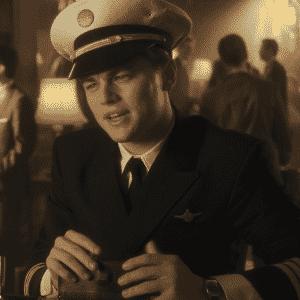 """Leonardo DiCaprio em """"Prenda-me Se For Capaz"""" - Divulgação"""