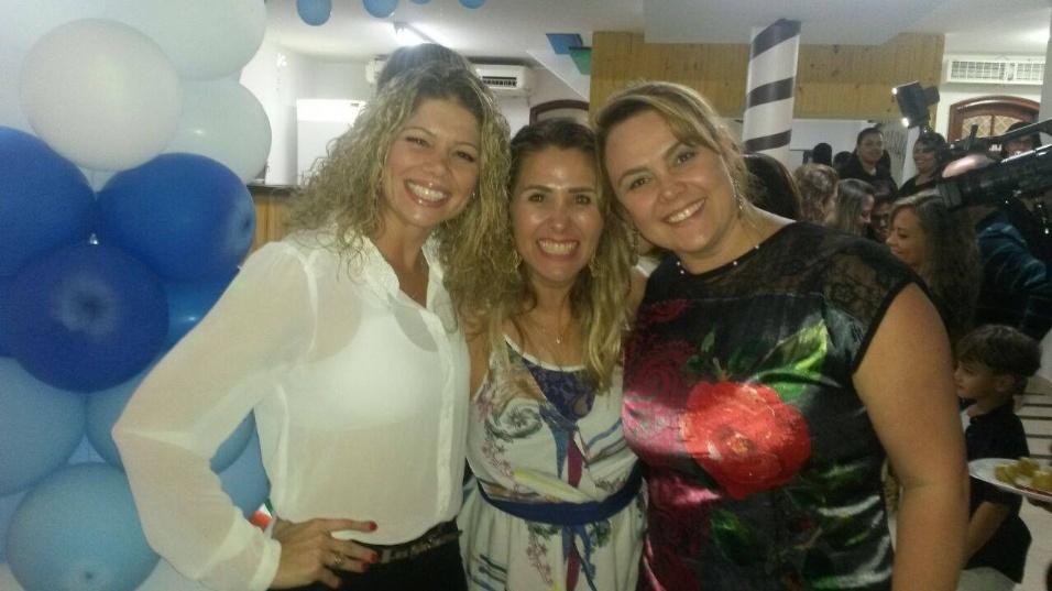 Andréia Sorvetão com as amigas, também ex-paquitas, Cátia Paganote e Ana Paula Almeida no aniversário da filha Duda
