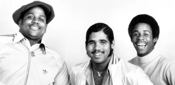 """O trio pioneiro do hip-hop Sugarhill Gang; Henry """"Big Bank Hank"""" Jackson é o primeiro à esq."""
