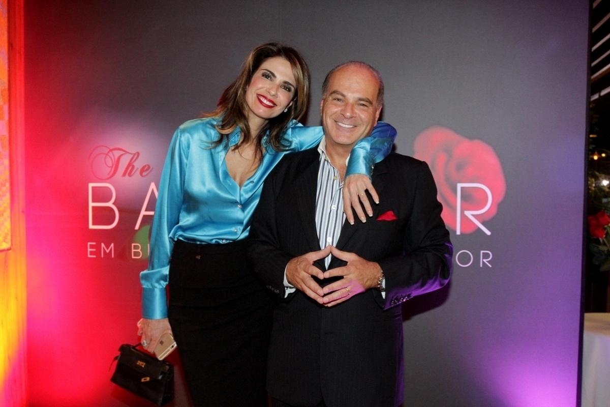12.nov.2014 - Luciana Gimenez e o marido, Marcelo de Carvalho, apresentam aos jornalistas a nova atração da RedeTV!, o reality