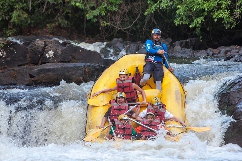 Acompanhada por um grupo de senhoras, Sabrina leva a mãe, dona Kika, para se aventurar em uma cidade do interior de São Paulo. O grupo se divertiu praticando rafting nas corredeiras, tirolesa de 100 metros de altura e trilhas em quadriciclos