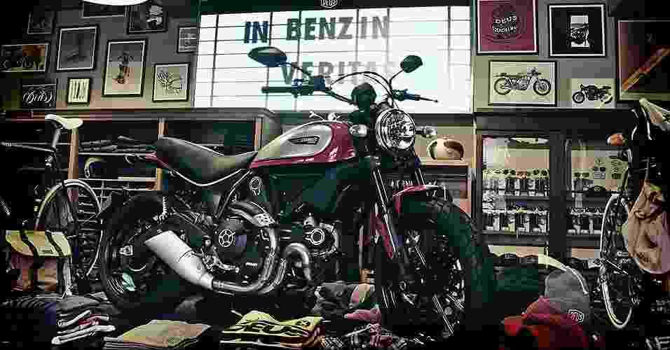 Thaon di Revel, a rua das motos retrô em Milão - Arthur Caldeira/Infomoto