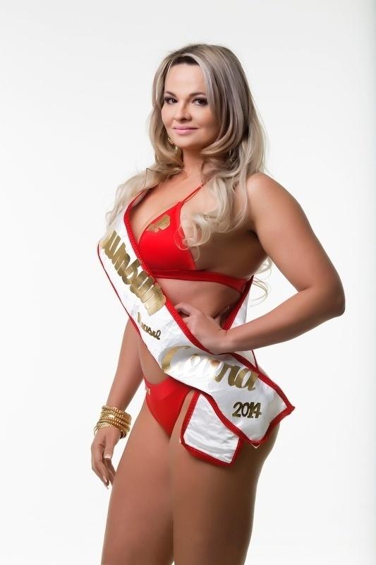 Renata Alves, 27 anos, a miss Ceará ficou em 3° lugar na votação popular da internet