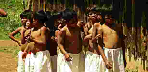 Crianças da aldeia indigena guarani Tenodé-porã se preparam para apresentação de dança típica - Divulgação/Pedro Henrique Nunes - Divulgação/Pedro Henrique Nunes