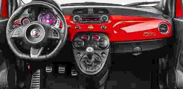Fiat 500 Abarth - Divulgação - Divulgação