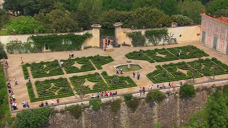 Jardim de Boboli   Florença (Itália): A família Medici, grão-duques da Toscana, comprou o Palácio Pitti em 1539, para servir de residência. Não contentes, compraram parte do monte Boboli, atrás do palácio, e lá construíram um jardim particular