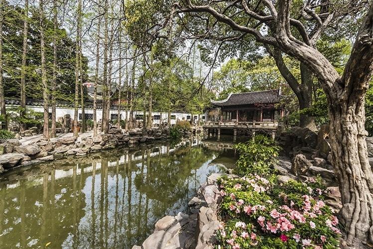 """Jardim Yu   Xangai (China): """"Yu"""" significa, em chinês, agradável e satisfatório. Esse tradicional jardim ornamental chinês, localizado na cidade antiga de Xangai, faz jus ao nome"""