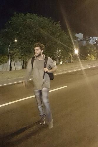 Aguinaldo Silva divulgou em seu blog fotos dos bastidores das cenas em que Leonardo (Klebber Toledo) vira mendigo e vaga pela cidade.