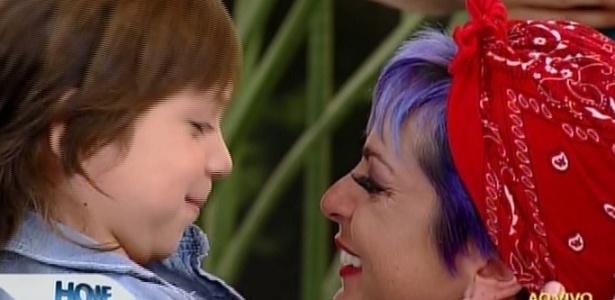 """Bruna Tang com o filho, Bento, no """"Hoje em Dia"""""""