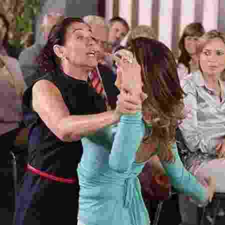 Griselda e Tereza Cristina brigam em 'Fina Estampa' - Reprodução