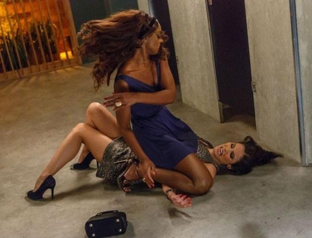 Briga de mulheres em imp rio lembra famosa cena de for Noticias de ultimo momento de famosos