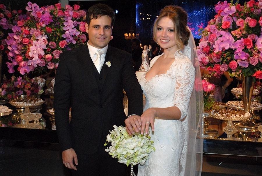21.nov.2014 - Rodrigo Scarpa e Gabi Baptista se casam com grande festa no Espaço Villa Lobos, zona oeste de São Paulo, nesta sexta-feira