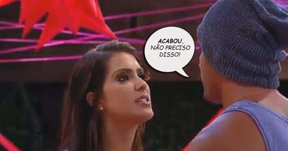 Débora Lyra e Marlos Cruz discutem na festa tecnobrega de