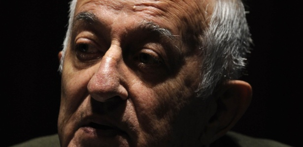 Escritor catalão Juan Goytisolo, de 84 anos, foi o vencedor do Prêmio Cervantes 2014 - John MacDougall/AFP Photo