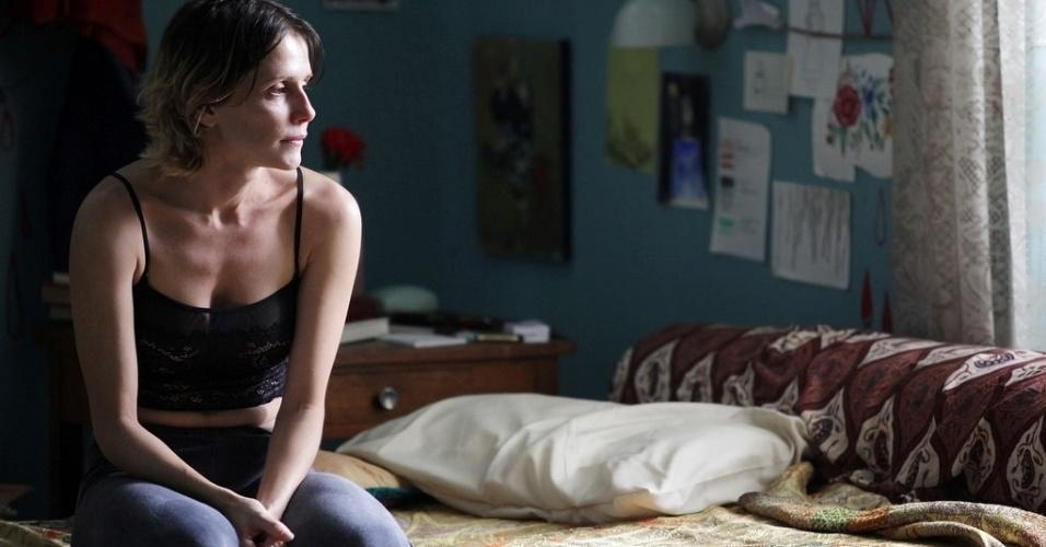 """Deborah Secco em cena de """"Boa Sorte"""", onde vive Judith, portadora do vírus HIV em fase terminal"""