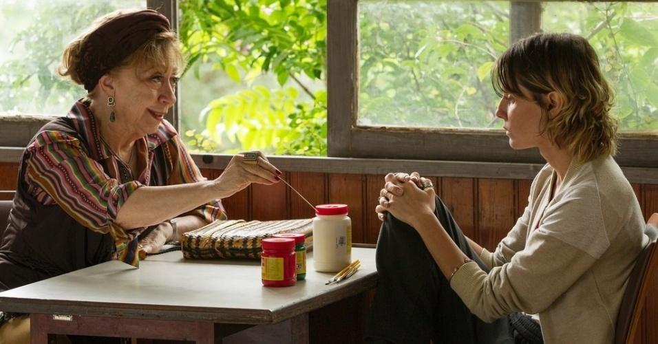 "Fernanda Montenegro Deborah Secco em cena de ""Boa Sorte"""
