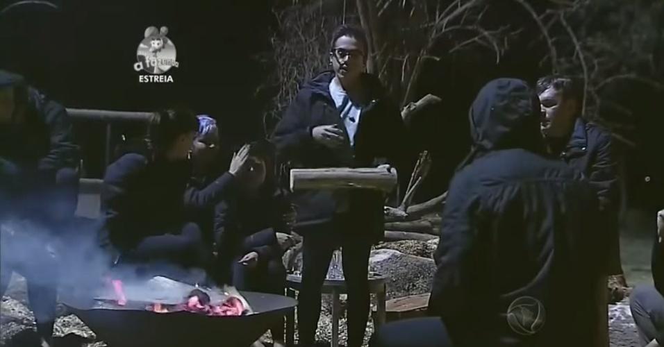 "14.set.2014 - DH participa de primeira atividade de ""A Fazenda 7"""
