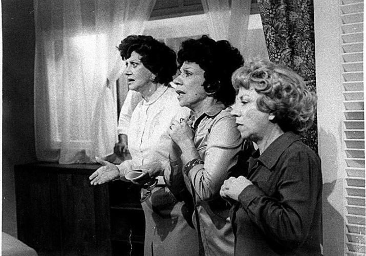 """As irmãs Cajazeiras de """"O Bem Amado"""" (1973)"""