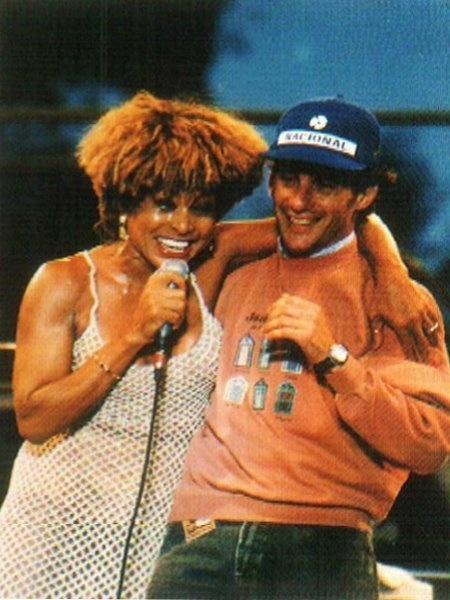 Durante um show em 1993, em Adelaide, na Austrália, Tina Turner chamou o campeão brasileiro de Fórmula-1 Ayrton Senna ao palco, antes de cantar