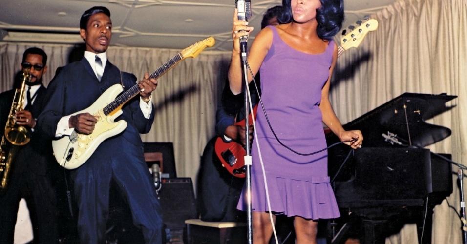 Ike & Tina Turner, durante apresentação nos anos 1960