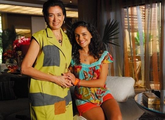 """Mia (Paloma Bernardi) em """"Viver a Vida"""" (2009-2010)"""
