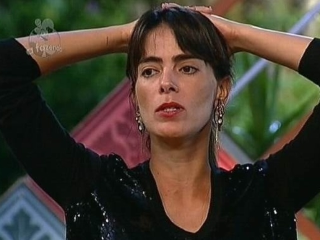 26.nov.2014 - Heloisa Faissol cita desentendimentos e indica MC Bruninha para a décima segunda roça de