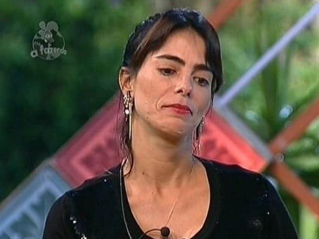 26.nov.2014 - Heloisa Faissol explica que preferiu dar imunidade para Leo Rodriguez para não prejudicar Babi Rossi em