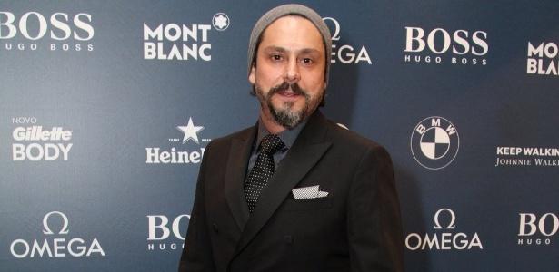 """Alexandre Nero foi eleito o """"Homem da TV"""" de 2014 por revista masculina numa premiação realizada na quinta-feira (27)"""