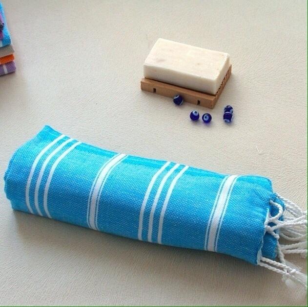 Acessórios para o banho turco: sabão de origem turca e toalha (kese) para banho