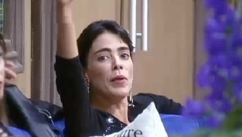 Heloísa e MC Bruninha discutem após formação da roça