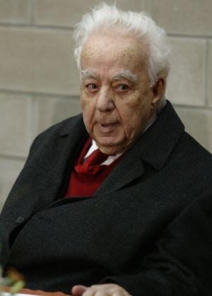 O poeta libanês Said Akl, que morreu nesta quinta (28), em imagem de 2007 - Anwar Amro/AFP Photo