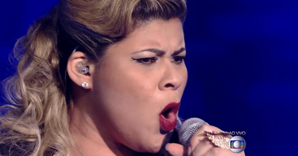 27.nov.2014 - Kall Medrado cantou