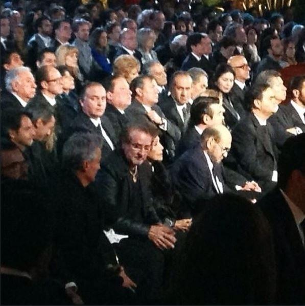 29.nov.2014 - Embora o jornal hispânico La Opinión afirme que o ator Carlos Villagrán, o Quico, foi vetado na cerimônia pela viúva Florinda Daza, o ator foi visto sentado próximo a Edgar Vivar, intérprete de Senhor Barriga