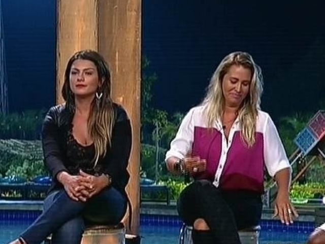 1.dez.2014 - Babi Rossi e Andréia Sorvetão se enfrentam na 13ª roça de
