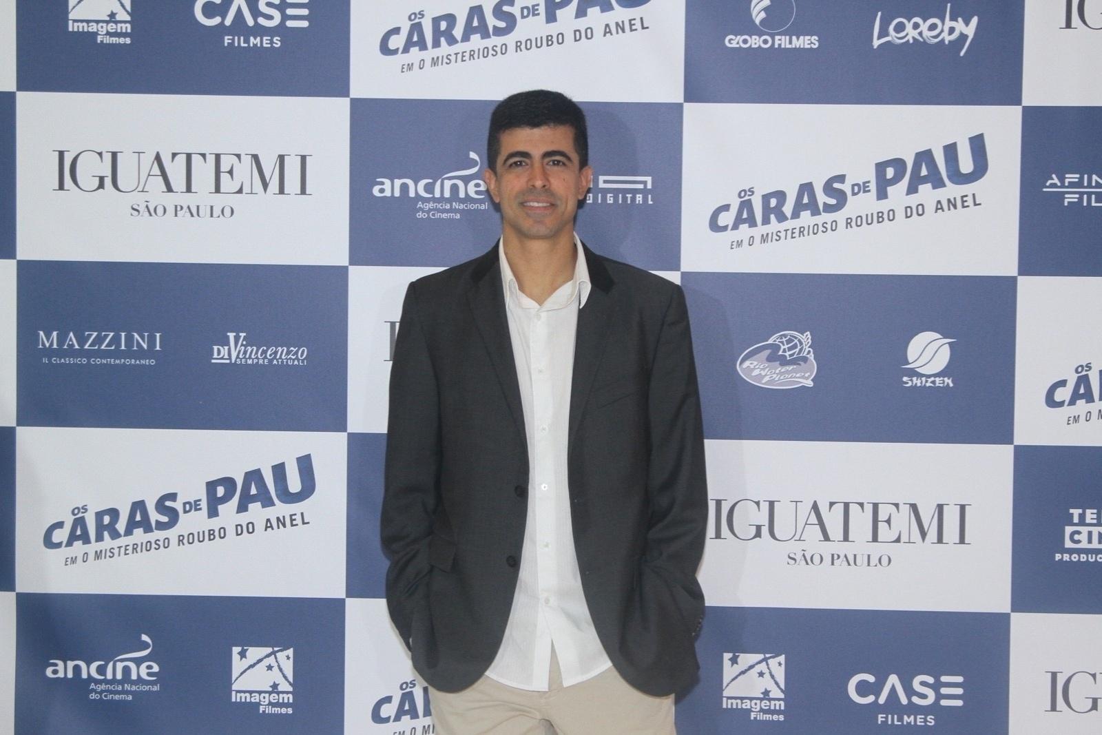 1.dez.2014 - Leandro Hassum, Marcius Melhem, Bruno Mazzeo e Christine Fernandes participam do lançamento do filme