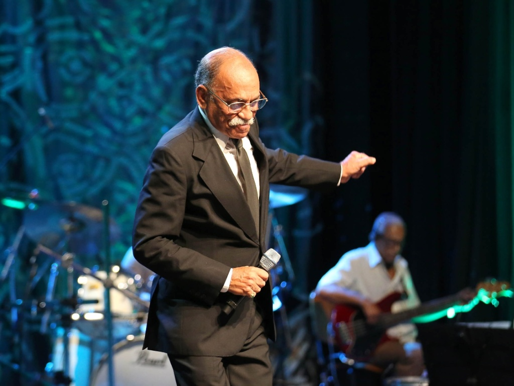 """O cantor Wilson das Neves, durante a sua participação no """"Sambabook"""" em homenagem à cantora e compositora Dona Ivone Lara"""