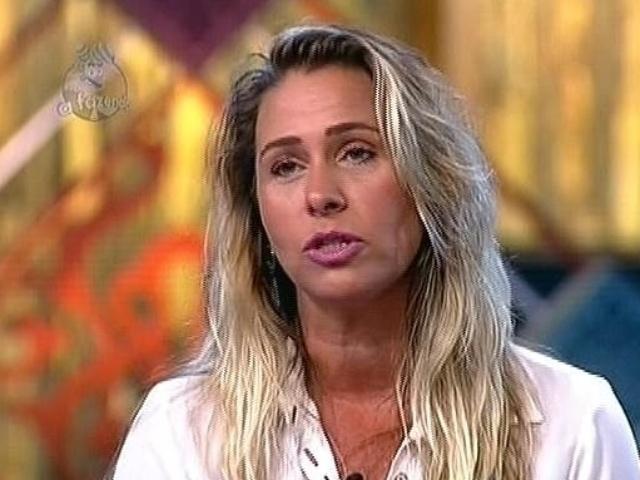 1.dez.2014 - Andréia Sorvetão vota em DH na 13ª roça de