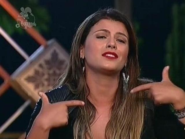1.dez.2014 - Babi Rossi vota em DH para a 13ª roça de
