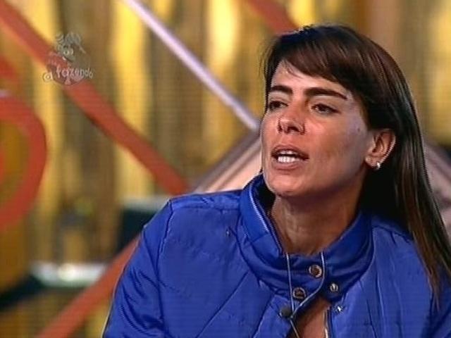 """1.dez.2014 - Heloisa Faissol diz que amizades não são feitas em três meses de convivência e indica DH para a 13ª roça de """"A Fazenda 7"""""""