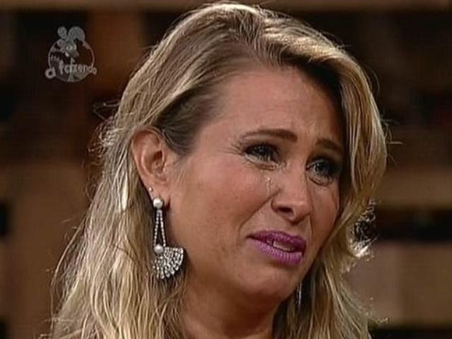 """2.dez.2014 - Andréia Sorvetão perde votação para Babi Rossi e é a 13ª eliminada de """"A Fazenda 7"""""""