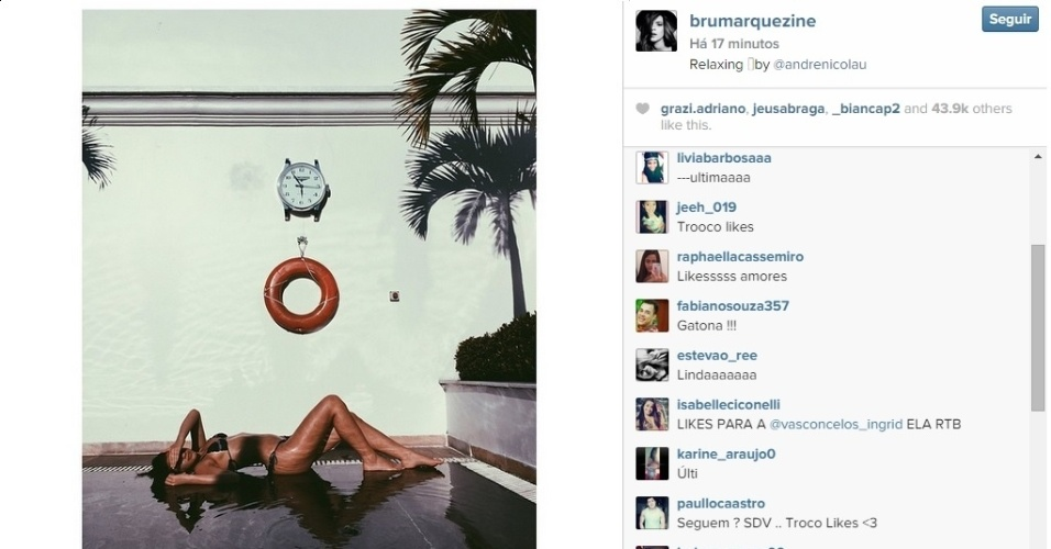 2.dez.2014 - Bruna Marquezine posa de bíquini em dia de piscina