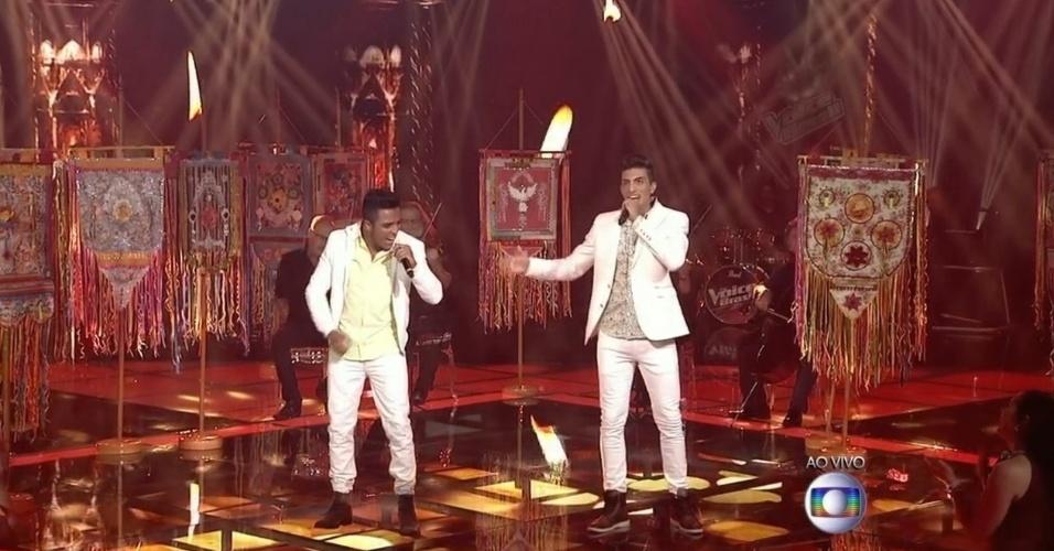 04.dez.2014 - Danilo Reis e Rafael cantam