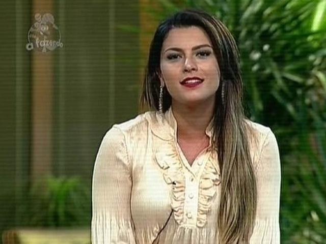 """7.dez.2014 - Babi Rossi pede que público vote para ela permanecer na disputa por R$ 2 milhões em """"A Fazenda 7"""""""
