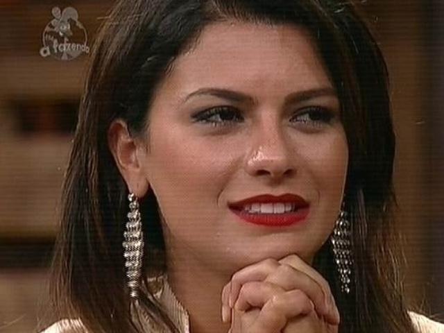 """7.dez.2014 - Babi Rossi aguarda o resultado da votação do público que define a última eliminação de """"A Fazenda 7"""""""