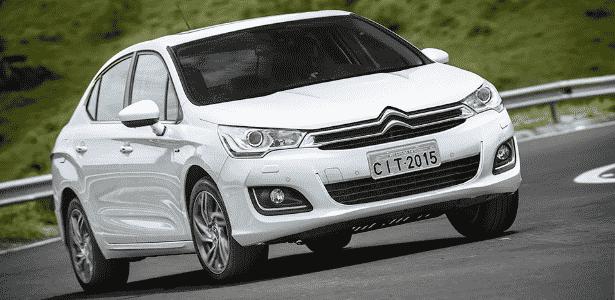 Citroën C4 Lounge 2015 THP Flex - Divulgação - Divulgação