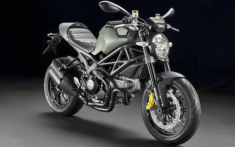 Ducati Monster 1100 de Arrow