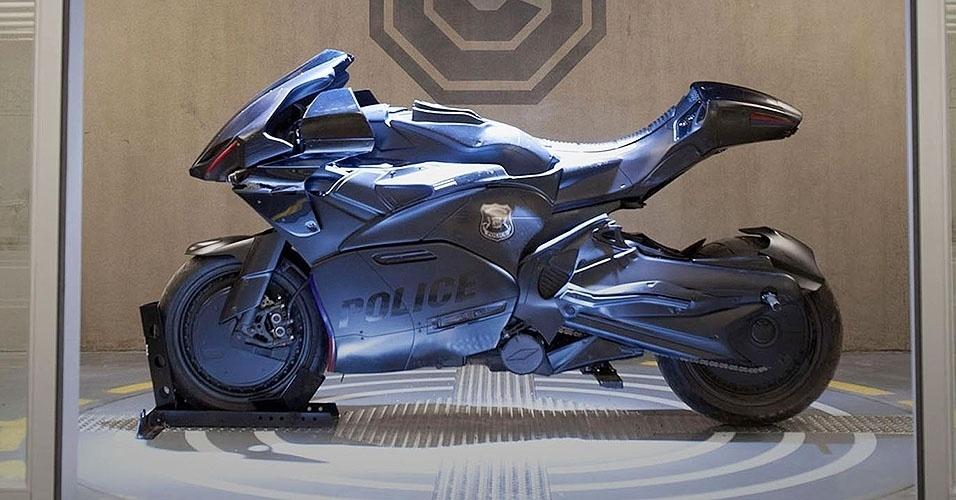 Kawasaki Z1000 do Robocop