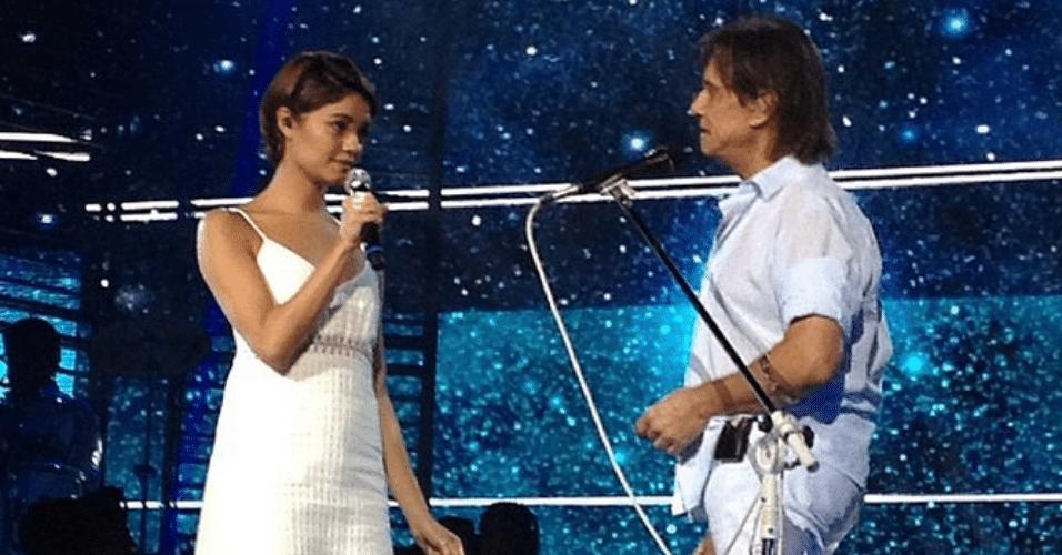 8.dez.2014 - Sophie Charlotte posta foto no Instagram do momento em que subiu ao palco ao lado rei Roberto Carlos.